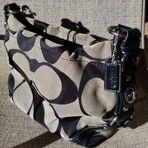 Genuine Coach Designer handbag pre loved Hobo used